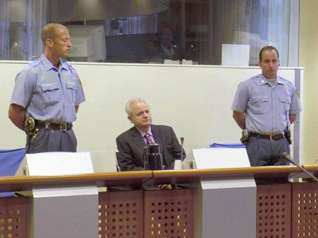 Milosevic-al-processo