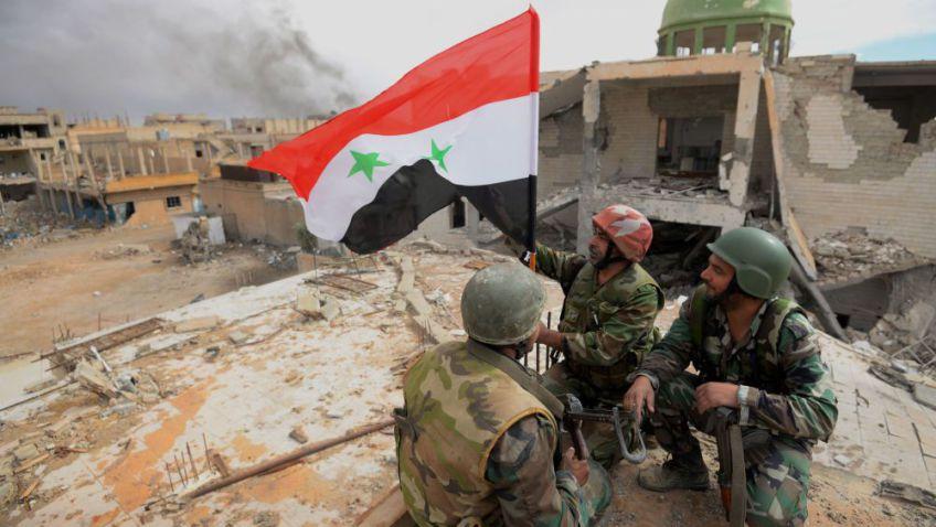 soldati-siriani-su-tetto