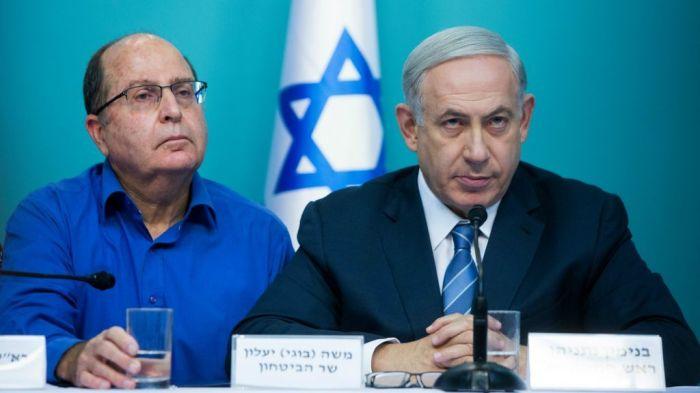 Netanyahu-con-lex-ministro-Yaalon