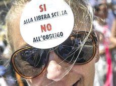 La-manifestazione-di-Pesaro1